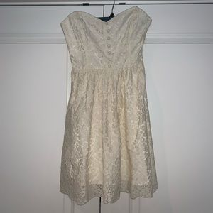 White Lace Dress, Aritzia, Size 2